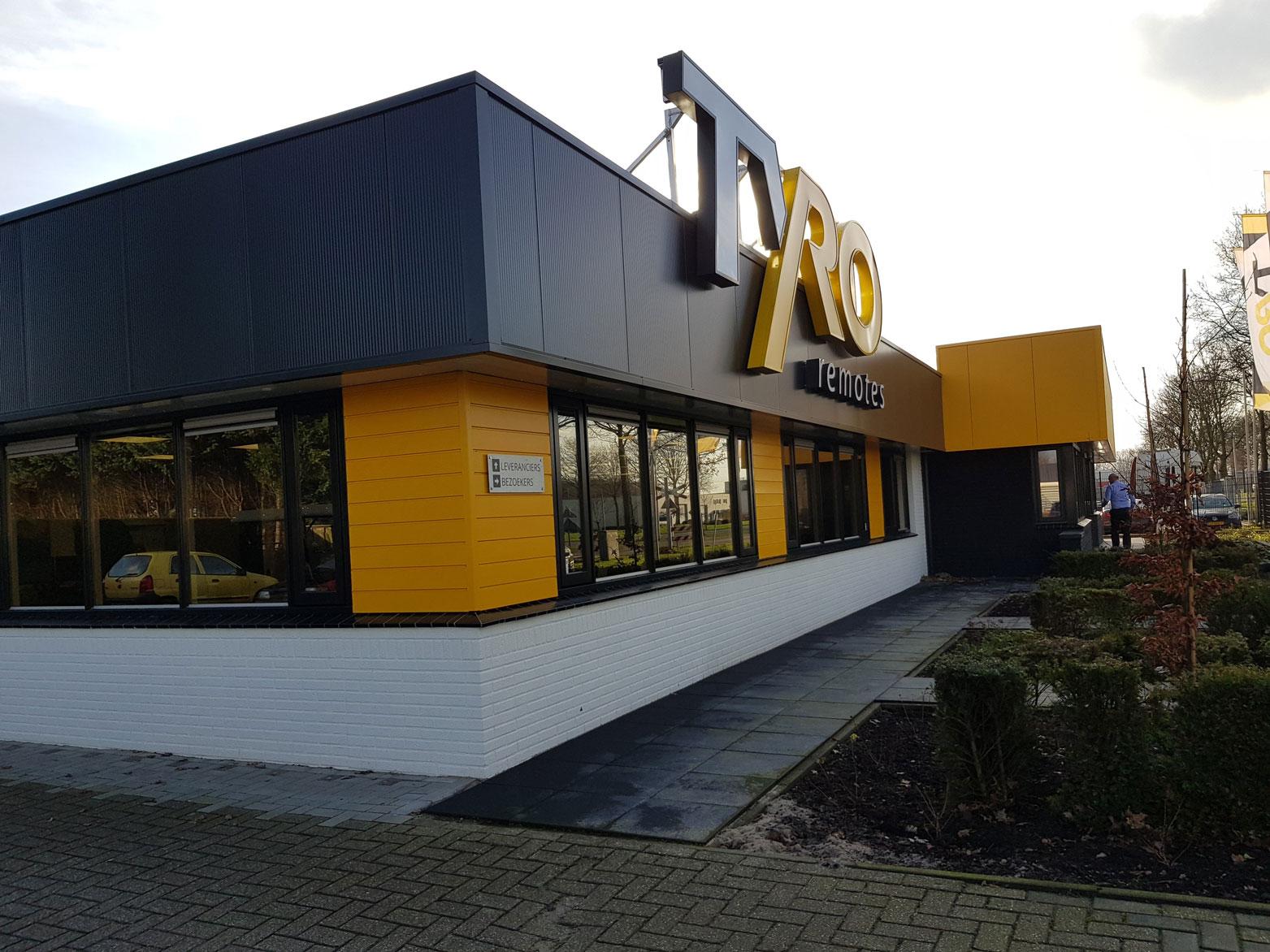 tyro-remote-bedrijfspand-almelo-architect-facelift-van-oord-architectuur-en-design_1